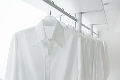 Ironing/ dry cleaning